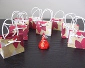 Smallest in the world - Christmas Poinsettia Ultra Super Mini Mini Gift Bag (set of 8)