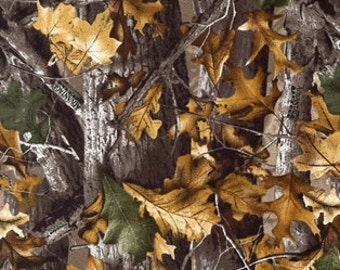 Realtree Camo Fabric - 100% Cotton Fabric - By the Yard - Pattern 6000 - WITH PRIORITY SHIPPING