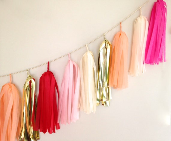Pinky-Keen Tassel Garland // Pink Gold Red Peach