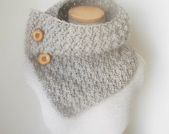 Crochet Cowl - Pale Grey Fishermans Wool with Wooden Buttons