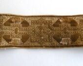 """Vintage Trim - 1 3/4"""" x 10"""" beige embroidered"""