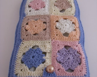 Best Buddy Pouch II with tiny multicolor granny square