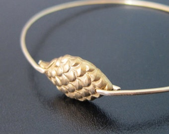 Pinecone Bracelet Bangle, Pinecone Jewelry, Winter Fashion, Winter Accessories, Pine Cone Bracelet, Pine Cone Bangle, Pine Cone Jewelry