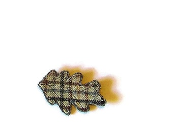 Wool brooch/ leaf  brown gray plaid on knit