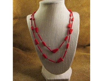 Bright Red Rounded Triangles Beaded Necklace – Vintage Costume Jewelry