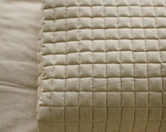 A yard of Square Quilting Linen blended, U1792