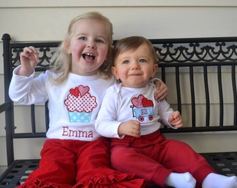 Personalized Valentine Cupcake with Hearts and Wagon with hearts shirts
