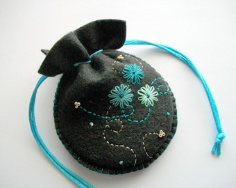 Drawstring Bag Black Felt Jewelry Bag or Gift Pouch with Hand Embroidered Flowers Handsewn
