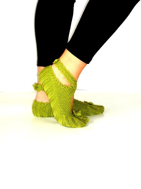 Women Slippers, Knitting Slippers, Green Slippers, Wool Slippers, Ballerina Slippers