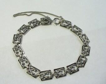 Vintage floral flourish panel link sterling silver bracelet - 7-1/4 inches - Danecraft