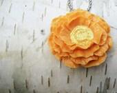 SO LOVELY Poppy Cabochon Necklace - Mango