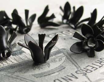 Carnation bead cap, delicate black flower petals stamen, black antiqued brass (6 bead caps) dark oxidized patina BC-SG-034