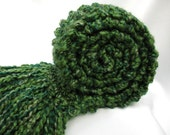 Emerald Green Scarf Chunky Hand Knit Scarf Long Thick Warm Knitted Winter Scarf Kelly Forest Green - SticksNStonesGifts
