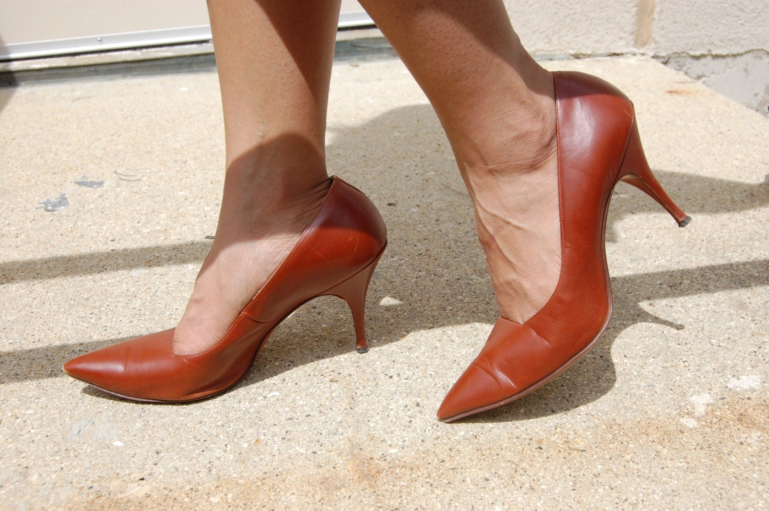 1960s brown leather stiletto heels pointed toes cognac brown