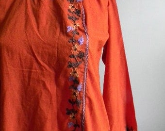 vintage.  Indian Orange Embroidered Tunic  / Cotton Tunic Blouse // S to M