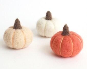 Felt pumpkins, miniature needle felted pumpkin v3 (set of 3) - peach, white, coral pink