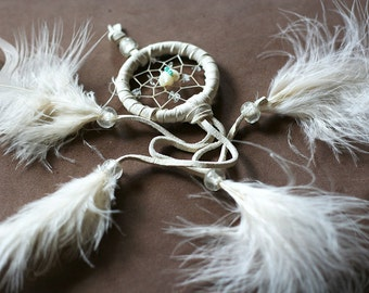 Dreamcatcher, mother-of-pearl bear center, with quartz