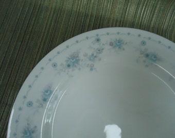 Vintage International Porcelain The Brighton Collection Havershire China Dinnerware Set - 40 pieces