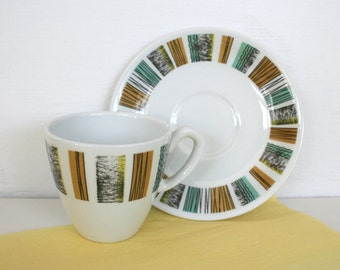 Set of four mid century modern coffee cups by Alfred Meakin, England, color block, aqua, yellow, caramel