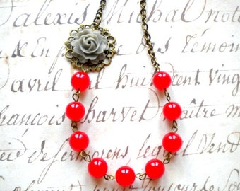 Red Necklace Flower Necklace Maid Of Honor Gift Red Beadwork Necklace Grey Flower Necklace Flower Bib Jewelry Bridesmaid Gift Rose Necklace