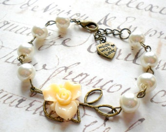 Ivory Bridesmaid Bracelet Gift For Sister In Low Leaf Bracelet Mother Of The Groom Jewelry Bridesmaid Pearl Jewelry Ivory Pearl Bracelet