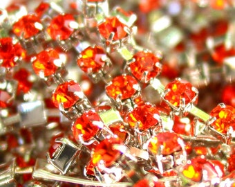 3 feet  Hyacinth 3mm 12SS Rhinestone silver color RHODIUM plated brass chain trim - middle east stone - orange red - 36 inches