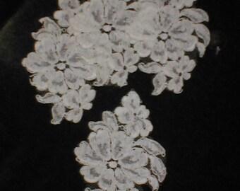 set of 4  LARGE Vintage French Alencon Lace Appliques ivory