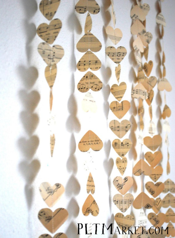 Vintage Music Hearts Garland