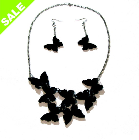 BUTTERFLIES NECKLACE and EARRINGS. black acrylic