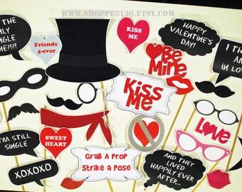 Valentine's Day photo Prop Set - PDF Instant download   - LARGE 43 piece set- photo booth - decorations craft - Digital Download