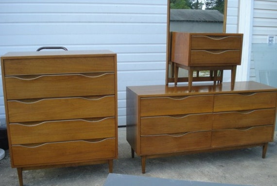 Items similar to vintage mid century modern american of for American martinsville bedroom furniture