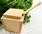 Maple salt cellar