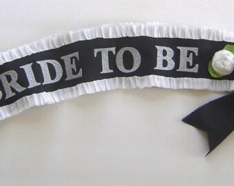 Bride to be Sash, hen party sash, bachelorette party sash, wedding sash, black and white sash