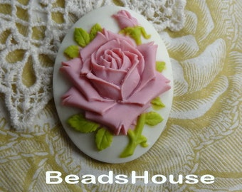 20%off 90-00-CM 2pcs  Pretty Rose Oval Cameo (30 x 40mm) - Lilac Rose on White