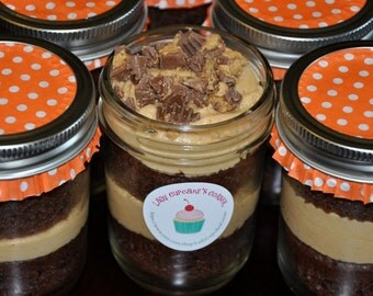 Cupcakes in a Jar- 4 Jars - 8 Standard Sized Cupcakes- You Choose the Flavor