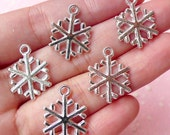 Snowflake Charms (5pcs) (15mm x 20mm / Silver / 2 Sided) Metal Findings Pendant Bracelet Earrings Zipper Pulls Keychains CHM235