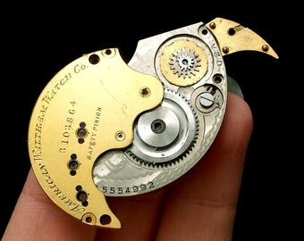 Steampunk clockwork Parrot (Animal Brooch or  Necklace)