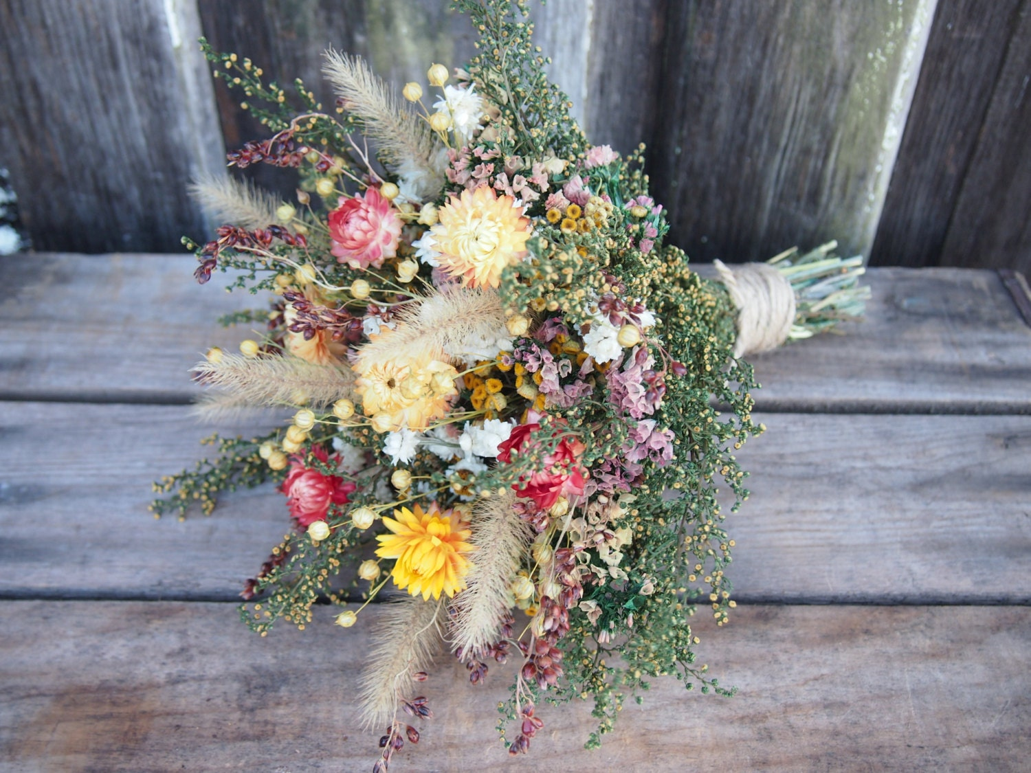dried flower wedding arrangements the hippest