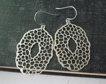 Oval Filigree Earrings - Silver Filigree Pendant Earrings Silver Fish Hook Earwires