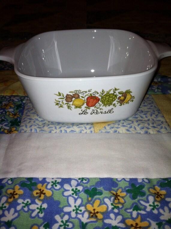 Vintage Corningware Vegetable Design Small Serving Dish 700 mil 1 1/2 Pint size