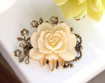 Flower Collage Brooch-Ivory Yellow Rose