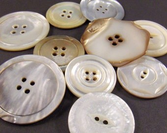 Vintage Buttons Mother of Pearl MOP Ten - epsteam vestiesteam thebestvintage