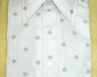 60s Mens Shirt / Pale Green with Darker Green Ditz Pattern - Atomic /  NWT / New Oldstock / Madmen / Short Sleeve Shirt 15 1/2