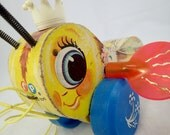Fisher Price Yellow Queen Buzzy Bee Pull Toy Tug Along 1960s Wood Wooden