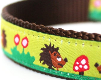 Hedgehogs in the Garden, Green Dog Collar, Ribbon Dog Collar