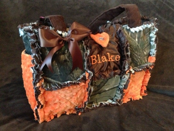 custom made rag quilted diaper bag in Real Tree and safety : quilted camo diaper bag - Adamdwight.com