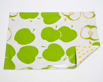 Mod Apple Green Reversible Oilcloth Placemats