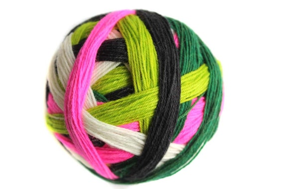 Tangy Self-Striping Sock Yarn in Viper