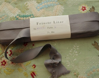 one yard antique vintage ruching ribbon trim seam binding gathering wedding pewter gray shade doll trim millinery