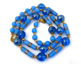 """Vintage 40s 50s Blue Art Glass Murano Gold Fleck 26"""" Long Beaded Gold Link Necklace"""